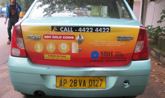 Advertisement on Cab