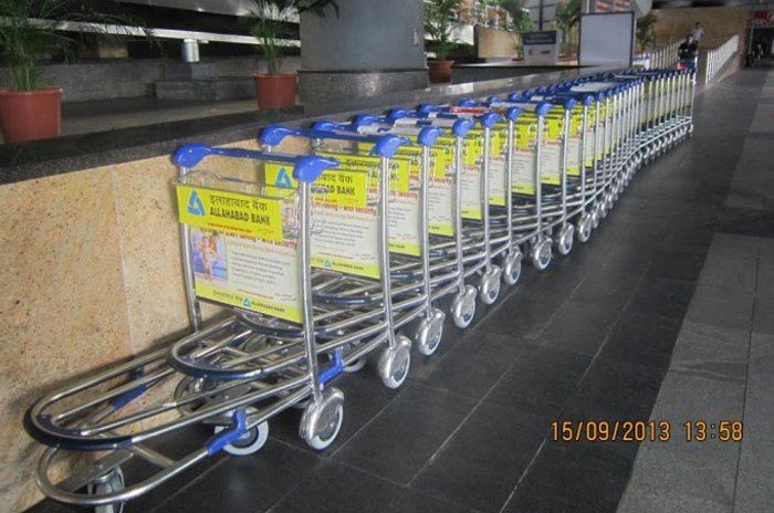Baggage Trolleys - Airport Advertising